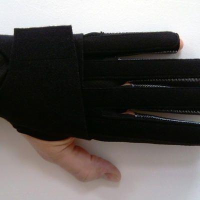 Fingerorthesen-Handschuh
