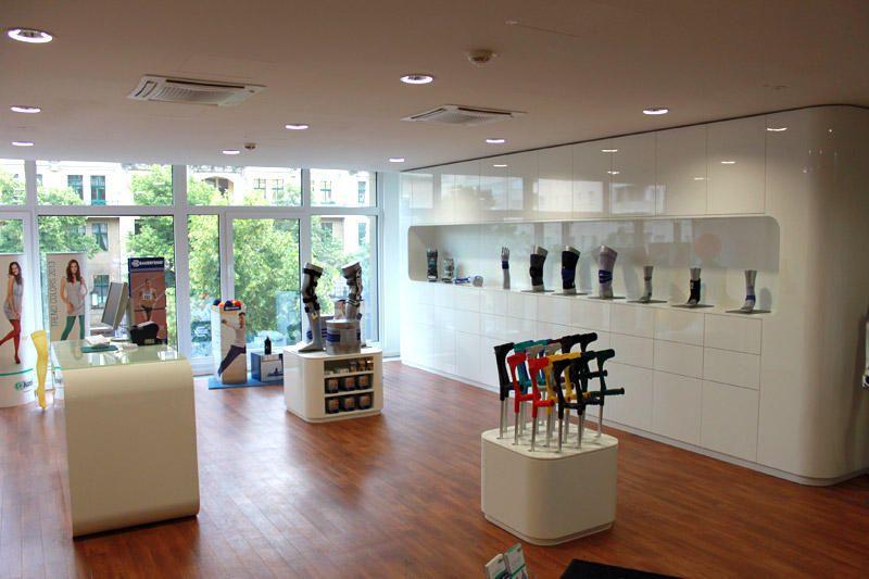 orthop die in berlin galerie von der schmale gmbh. Black Bedroom Furniture Sets. Home Design Ideas
